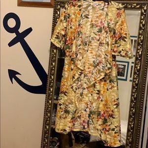 Lularoe Lace Floral Shirley kimono